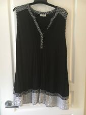 Ladies Black White Tunic Top Sleeveless Sz 20 Autograph