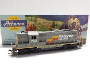 HO Scale - Athearn - Custom Seaboard System GP-9 Diesel Locomotive Train #700