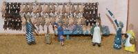Fishmongers shop fitting & figures (OO Scale) - Unpainted - Langley F75c