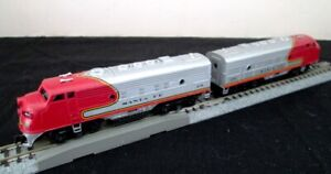 Two (2) Bachmann EMD F9 Santa Fe Diesel Engines - 1 Powered, 1 Dummy - NICE!
