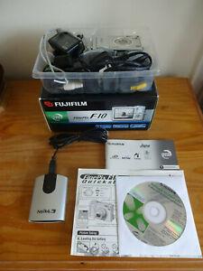Fujifilm FinePix F Series F10 6.3MP Digital Camera - Silver + USB Card Reader