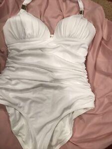 Victoria's Secret  One Piece White Padded Swim Suit Beach Swim Size Large