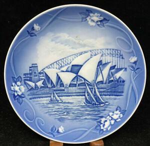 Bing Grondahl 2000 Places of Enchantment Plate Jorden Rundt Sydney B&G Blue Wht