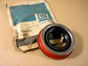 1970 1975 Chevy Olds & Pontiac Drive Pinion Seal NOS, 3921072