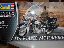 REV07915 by REVELL US POLICE MOTORBIKE - KIT DI MONTAGGIO - 1:8