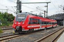 PHOTO  GERMAN RAILWAY -  DB REGIO DEUTZ TALENT 2 CLASS 442  3-CAR EMU NO 442 148