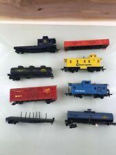 Lot Of 8 HO Scale Plastic Model Train Box Cars -