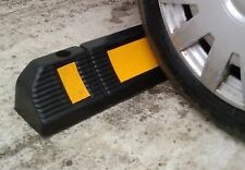 Single rubber wheel stop for parking lots and garages 60x12x10 cm