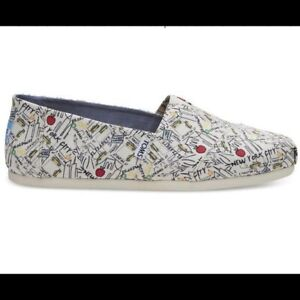 NWB TOMS NYC Map Natural Canvas Printed Shoes Size 10.5