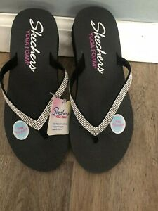NEW Skechers Yoga Foam bling flip flops thong sandals 7