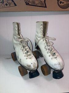 Vintage Mens Pacer Crown Rollerskates - Size 8 White