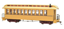Bachmann On30 Painted Unlettered Buff & Tan - Coach/Obser. w/ Lighted int. 26204