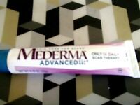 MEDERMA ADVANCED  SCAR GEL use DAILY REDUCES THE APPEARANCE OF OLD & NEW SCARS