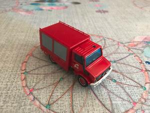 Voiture Miniature Camion Secours Pompiers Mercedes Unimog Solido 1/50