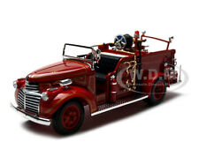 1941 GMC FIRE ENGINE TRUCK RED 1:32 BY SIGNATURE MODELS 32348