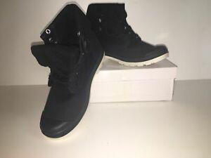 New [Black & White] Unisex Soft Boots Box UK Size 6 ID371