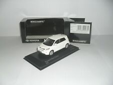 Minichamps  2009 Toyota Urban Cruiser    excellent/boxed 1/43 scale