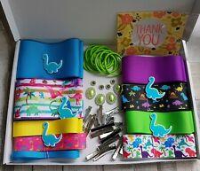 Kit de fabricación de arco de la cinta. paquete Completo de Cabello, Artesanales. chicas Dinosaurio bonita.