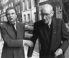 William Burroughs and Francis Bacon UNSIGNED photograph - L8807 - London, 1989