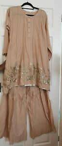 pakistani Indian ready made gharara sharara only Size L embroidery