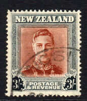 New Zealand 3/- Stamp c1949-52 Used (2753)