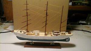 "Sailing Ship built-up Model kit - 10"" long X 7"" high 3 mast"