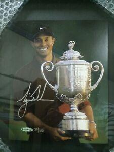 TIGER WOODS Major Moments UDA/100  Auto Autographed Signed 2000 PGA Champ.Mint !