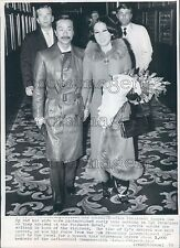 1970 Fashionable Nguyen Cao Ky & Wife Dang Tuyet Mai of Vietnam Press Photo