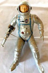 """VTG 1967 Revell Gemini Astronaut 12"""" Figure  Model Kit H 1837-202 1/6 Scale NASA"""