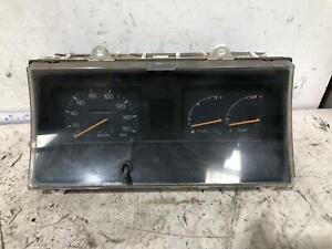 Toyota LITEACE Instrument Cluster KM20 02/80-12/85
