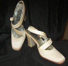New KENNETH COLE Dyable Satin Heels 6.5 IVORY Criss-Cross Sling Back - Spain