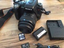 Sony Alpha A500L DSLR mit SAM II 18-55mm Zubehörpaket Tasche - Zustand A wie neu
