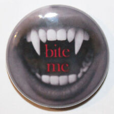 "1"" (25mm) 'Bite Me' Vampire Teeth Horror Button Badge Pin - High Quality"