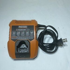 RIDGID 12 volt LITHIUM-ION Battery Charger - R86049 12v