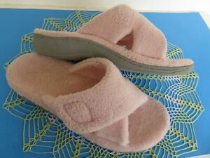 Vionic ~ Wo's RELAX Slippers Slides Light Pink ~ Size 8 M US ~ EXCELLENT Cond.
