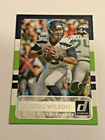 2015 Panini Donruss Football Base Card - Russell Wilson - Seattle Seahawks