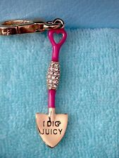 """JUICY COUTURE SHOVEL """"I DIG JUICY"""" CHARM VERY RARE RETIRED VHTF!!"""