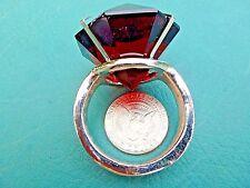 Deep Amber Giant Glass Diamond Ring with Metal Band Napkin Ring Gag