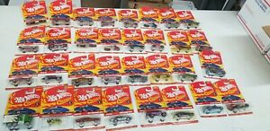 Hot Wheels Classics 2005 Special Paint  lot of 32  brand new
