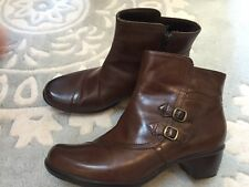 Clarks Brown Side Buckle Ankle Boots Leather 11 Excellent