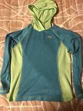 Girls North Face Light Weight Shirt Size 10/12