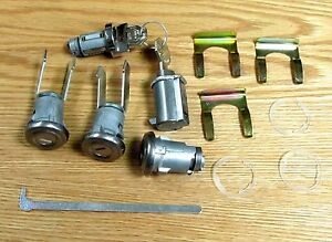 1955 1956 1957 CHEVY LOCK SET  Same Key for doors, trunk, ignition & glove box