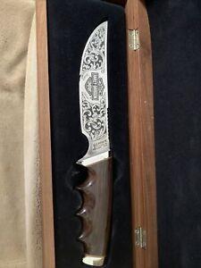 Commemorative Gerber Harley Davidson knife, with wooden display.