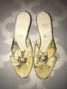 Stunning SALVATORE FERRAGAMO Silk Floral Sandals Sz 9/39