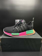 Adidads Womens NMD _R1 'Shock Pink' Size 6 & 6.5 (FX4459)