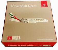 Maquette AIRBUS A380 Emirates Equipe Football du REAL DE MADRID 1/500