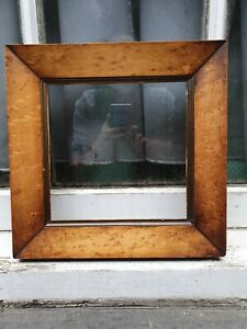 """ANTIQUE MAPLE WOOD WOODEN GOLD GILT PHOTO PICTURE FRAME 11 1/2"""" W X 11 1/2""""D"""