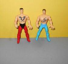 Pump You Up Jointed Red & Blue Brothers Wresting Figures Toys w/ Scorpion Chest