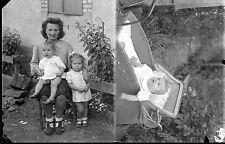 Double Portrait femme avec enfants & bébé landau négatif photo ancien an. 1940