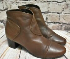 Womens Clarks Brown Leather Zip Up Mid Heel Ankle Boots Size UK 6 D EUR 39.5